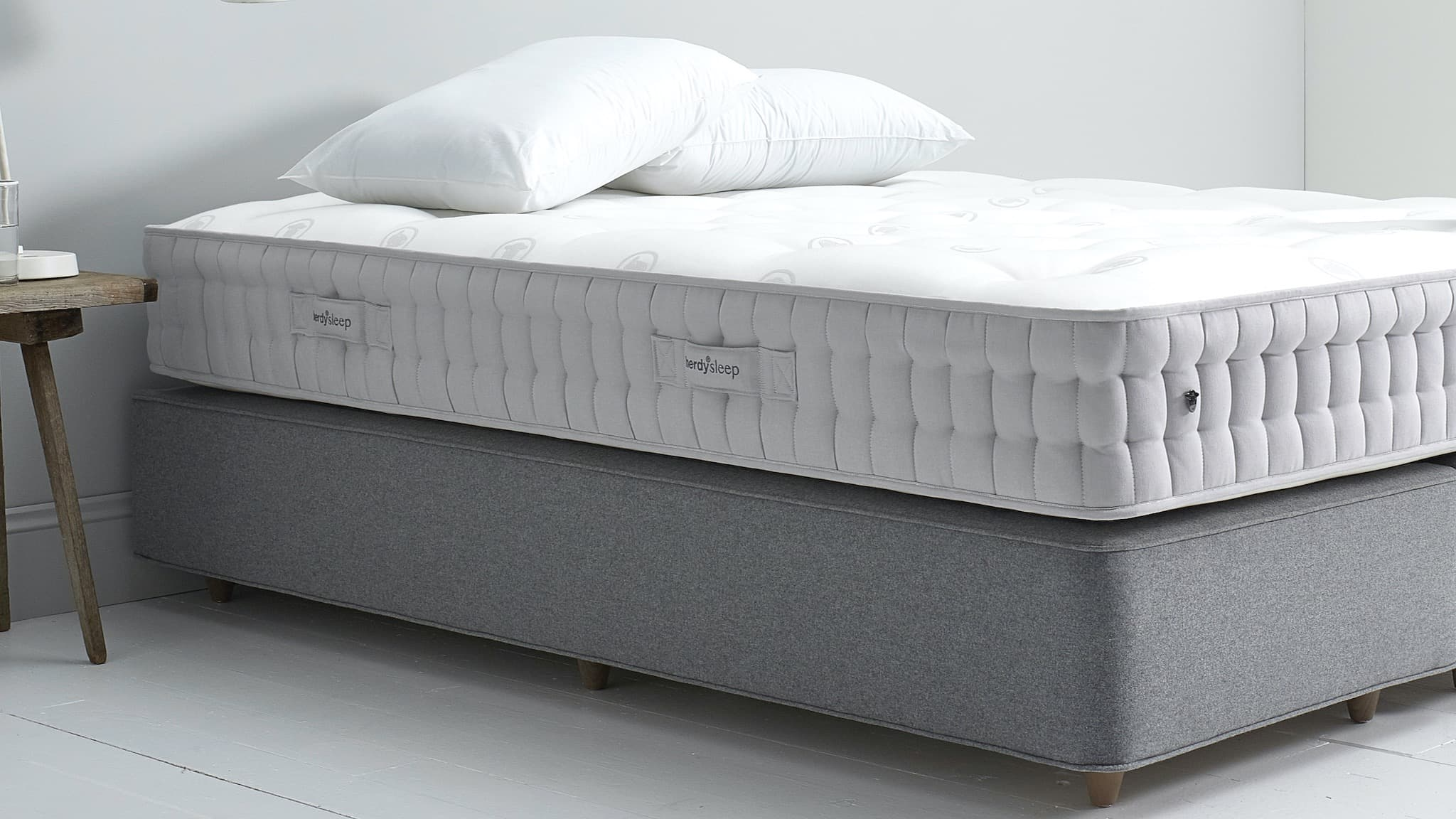 Layout your mattress immediately after delivery