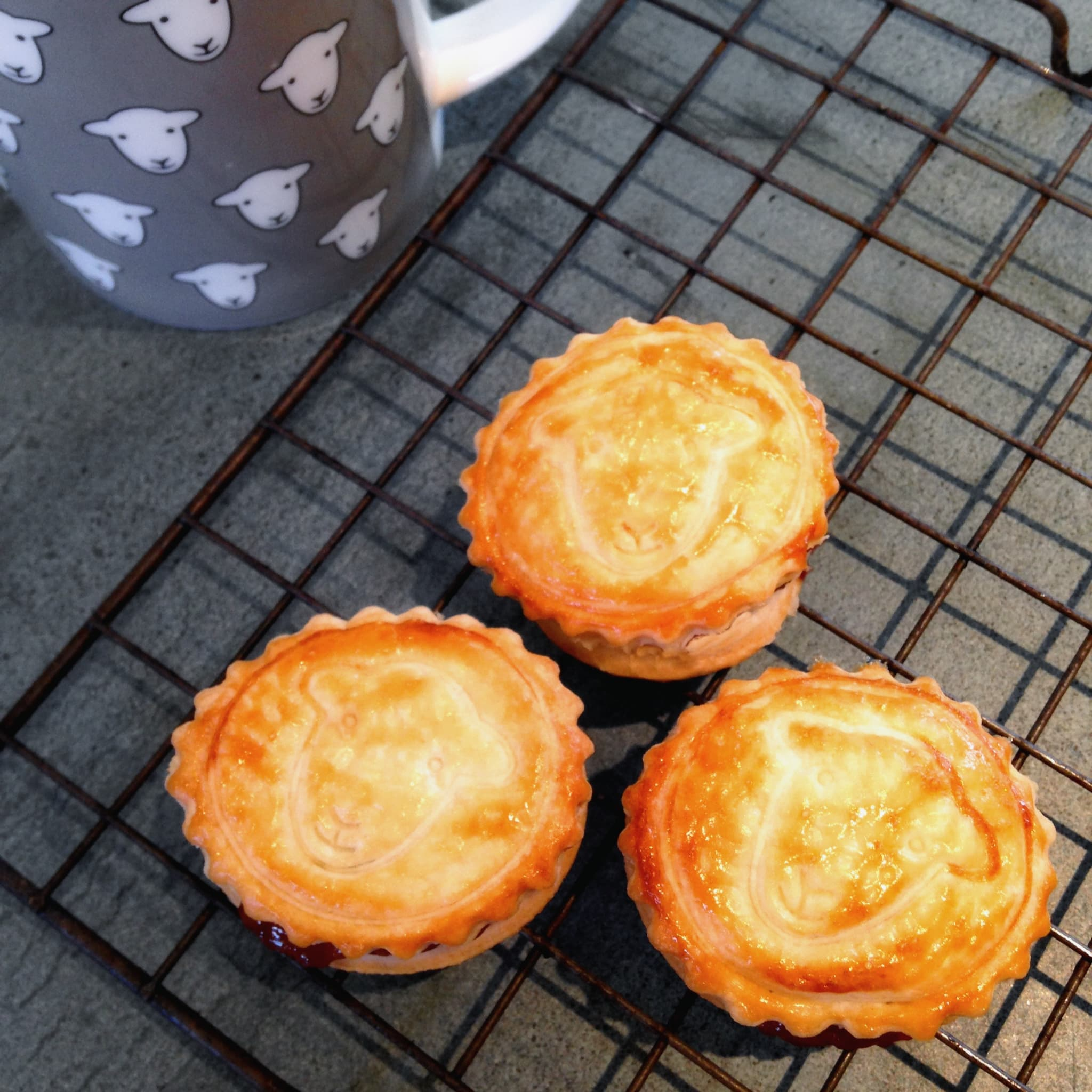 Have a brew and enjoy your Herdy mince pies
