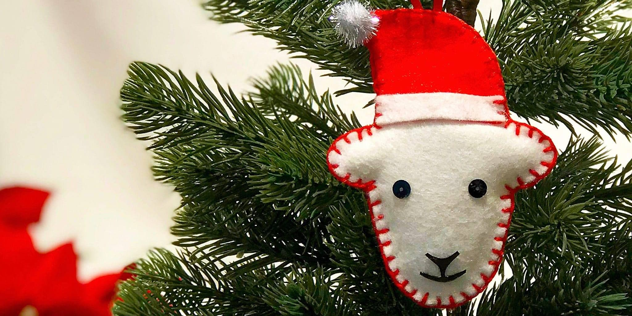 How To Make A Herdy Christmas Tree Decoration