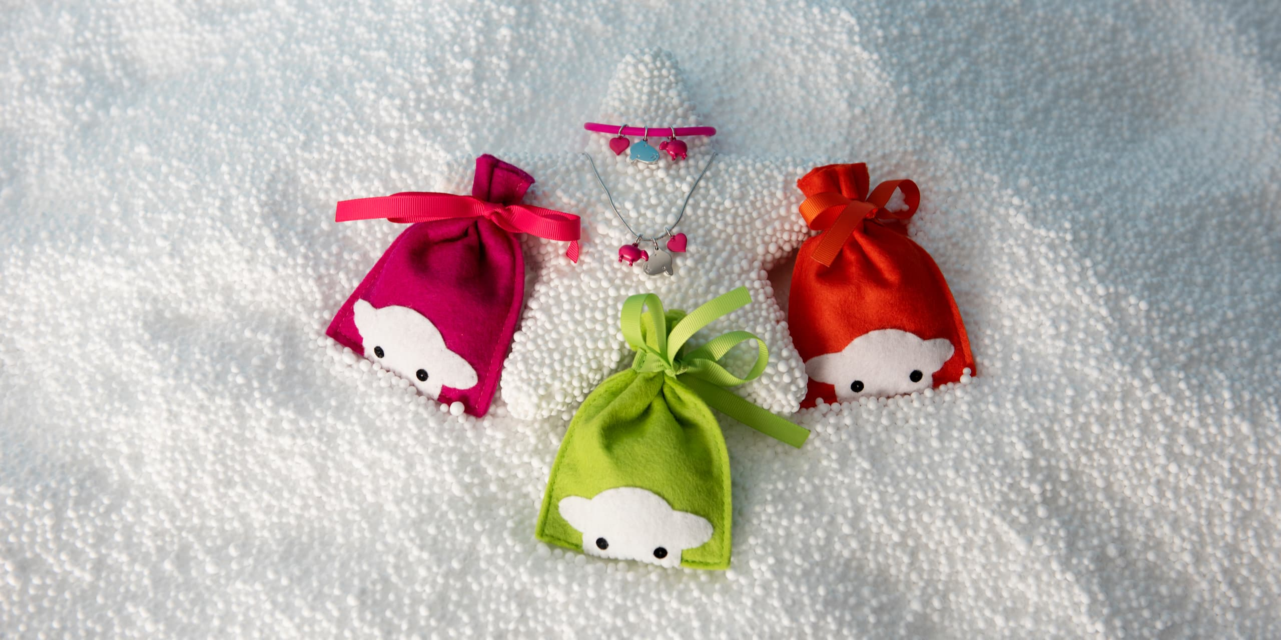 How To Make A Herdy Felt Gift Bag