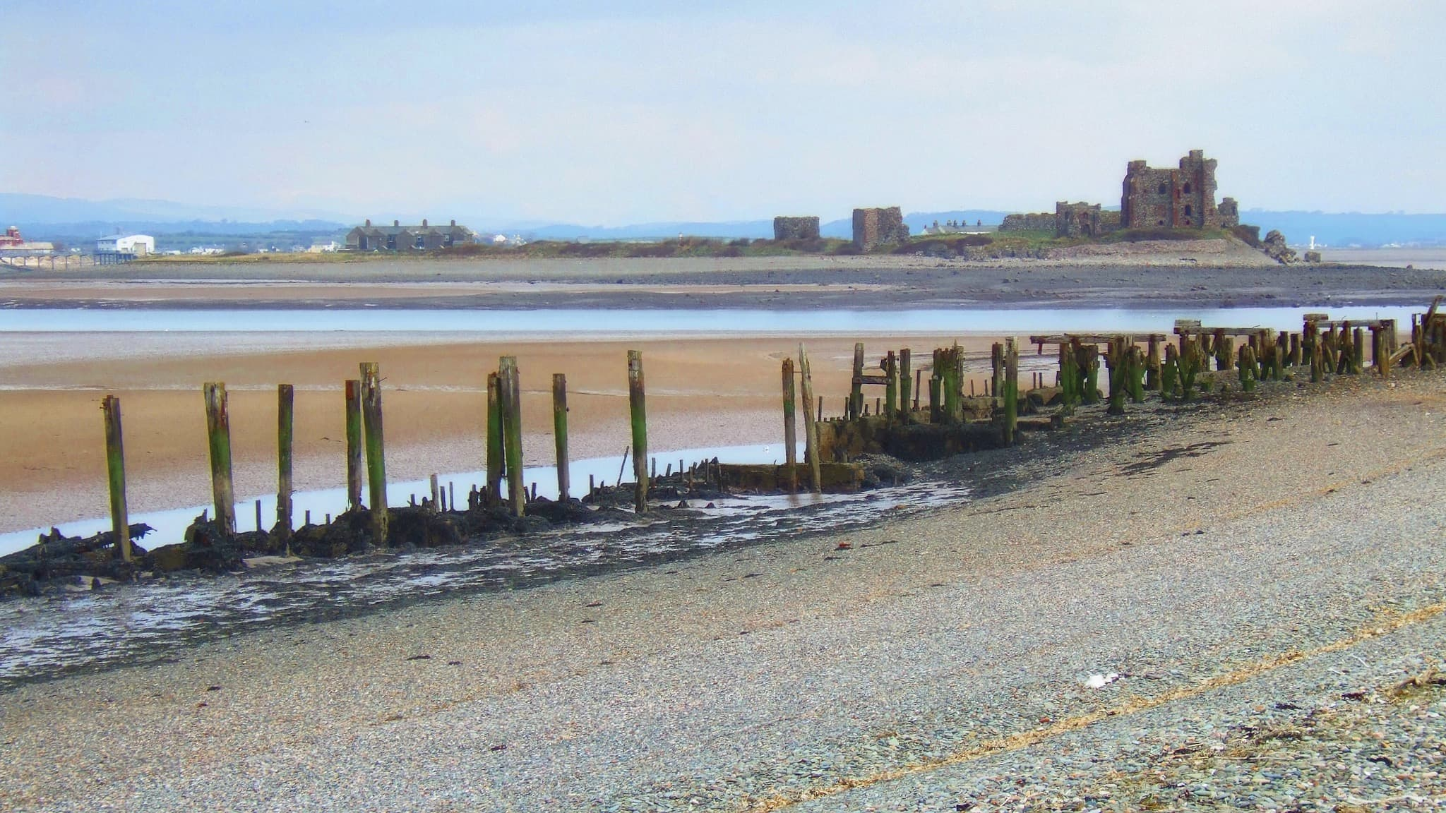 Piel Castle viewed from South Walney Nature Reserve. Photo by John Hill/padsbrother, licensed CC-BY-2.0.