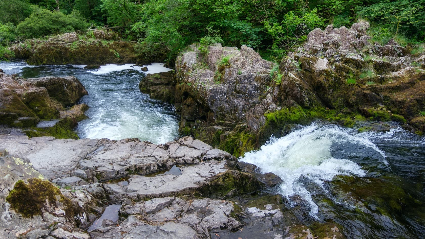 Visiting Skelwith Force waterfall
